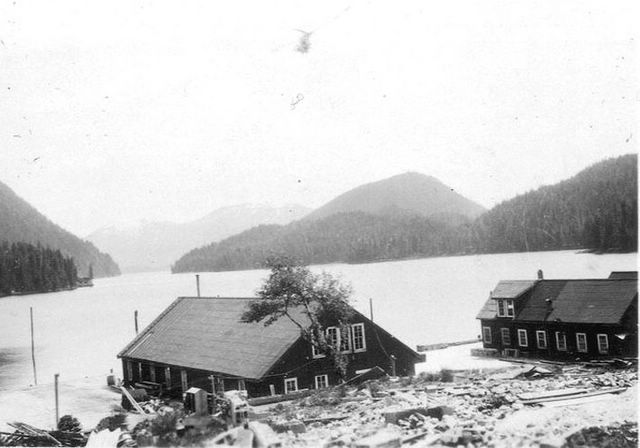Cannery near the mouth of Yes River, ca 1930